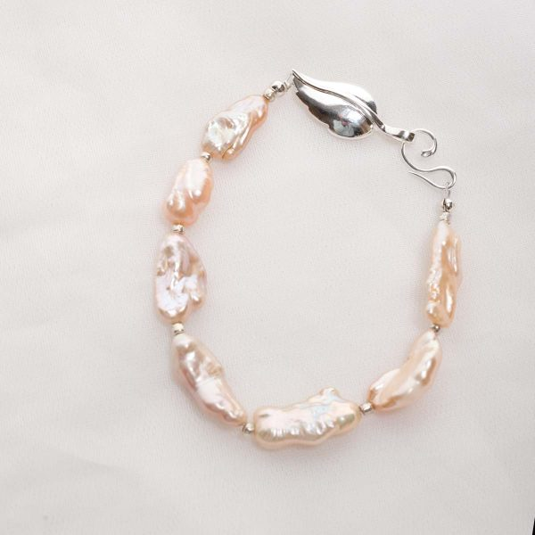 Lavinia – Baroque (Salmon/Pink) Cultured Freshwater Pearl Bracelet 1