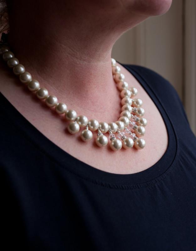 Alexandra- White coloured Freshwater pearl 10