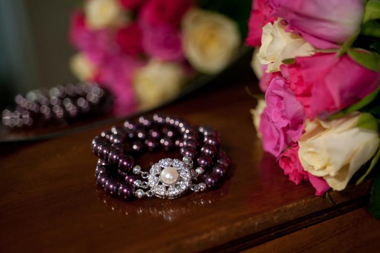 Sarah Glass Pearls Claret 1