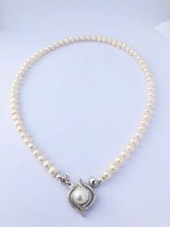 Alexandra- White coloured Freshwater pearl 1