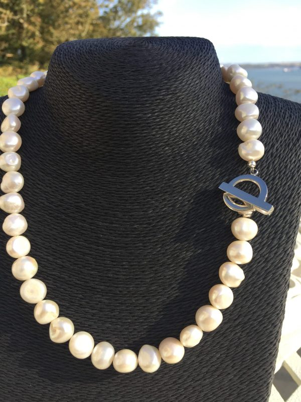 Lady Jane - Large Freshwater Pearl Necklace with a Contemporary Clasp 12