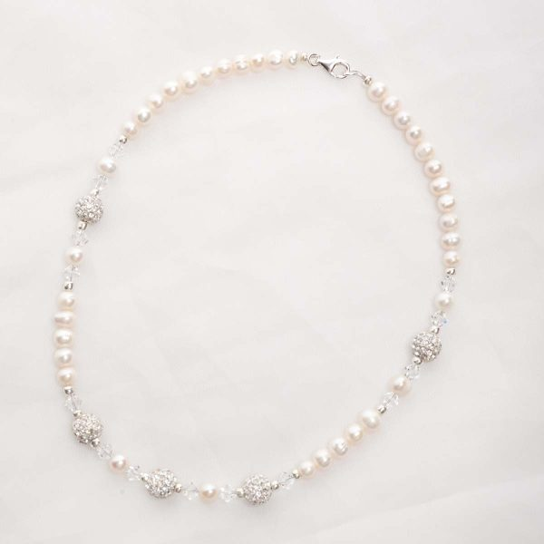 Meryl – Freshwater Pearl and Swarovski Crystal Necklace, Bracelet & Earrings 2