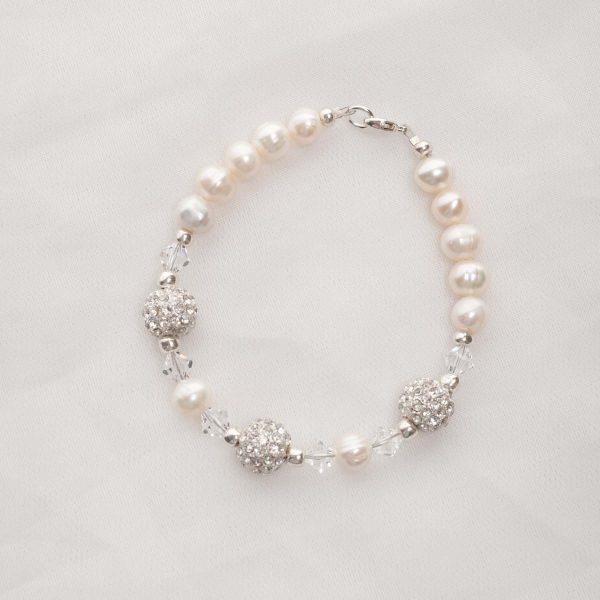 Meryl – Freshwater Pearl and Swarovski Crystal Necklace, Bracelet & Earrings 4