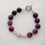 Purple Agate with rihinestone bead Bracelet