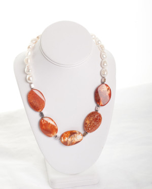 Freshwater pearl and Agate