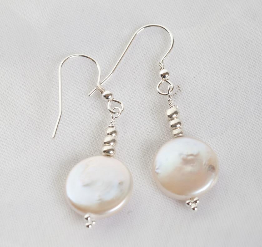 Culutered Pearl Earrings
