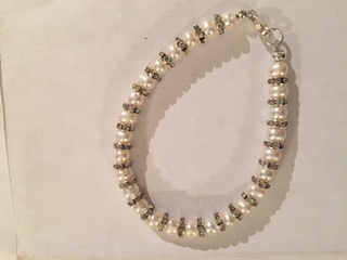Laura -  freshwater pearl and crystal rondelle Bracelet 29