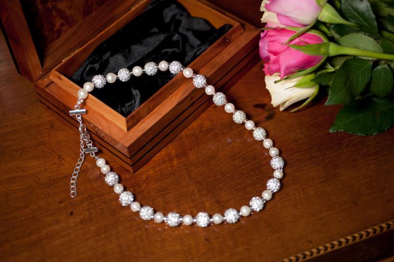 Karen - Freshwater Pearls with encrusted crystal beads 6