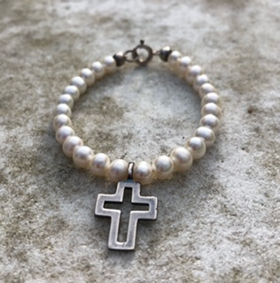 Small pearl and silver large cross child's bracelet