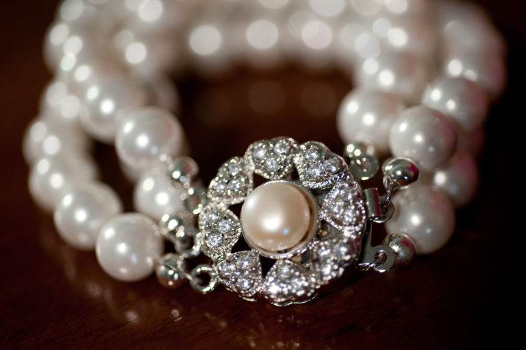 Sarah - Glass Pearl necklace 4