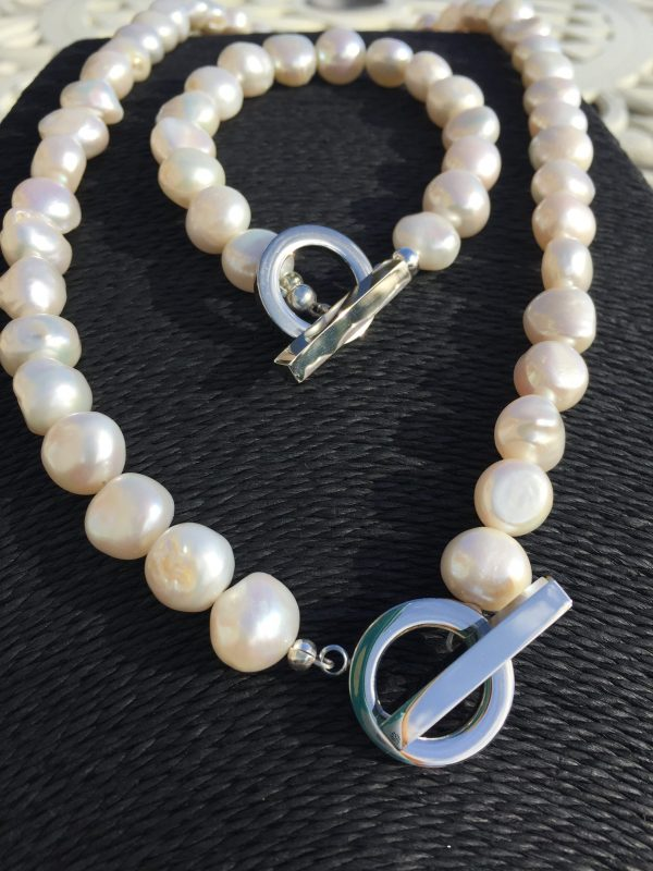 Lady Jane - Large Freshwater Pearl Necklace with a Contemporary Clasp 2