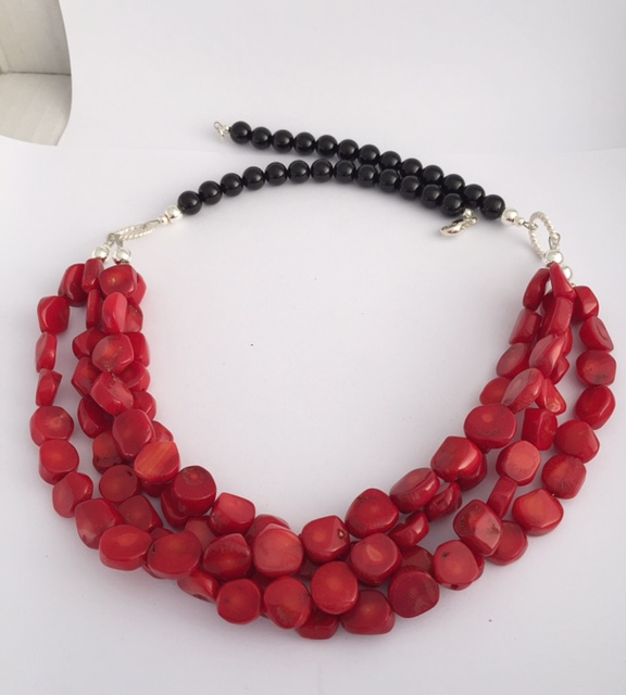 Lipstick Red Coral and Black Onyx Necklace 4